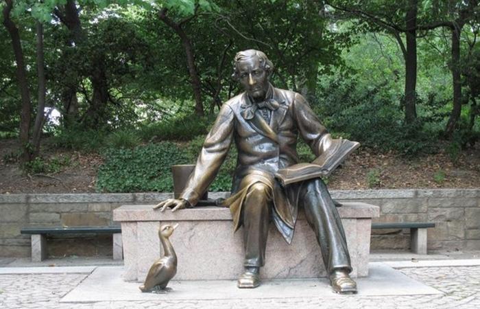 Памятник Андерсену./фото: affinia.com