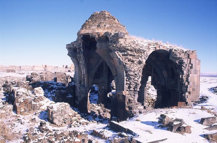 Руины города Ани.