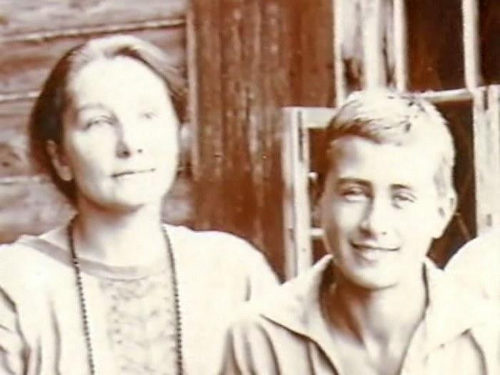 Анна с сыном Владимиром.