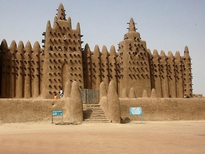 Великая мечеть Дженне, Мали.