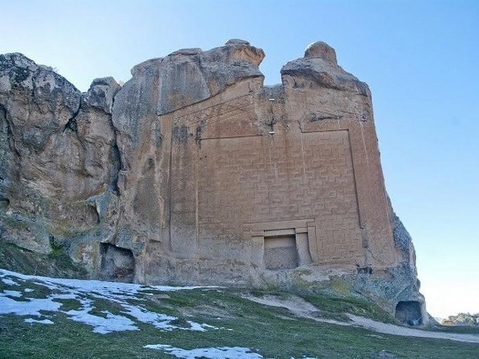 Памятник Мидасу, Турция.