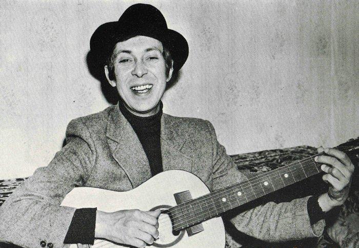 Аркадий Северный - главный популяризатор песни «Семь-сорок».