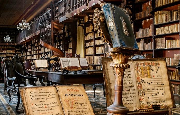 Библиотека монастыря Святой Екатерины.