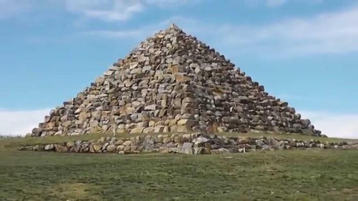 Пирамиды существуют в Австралии.