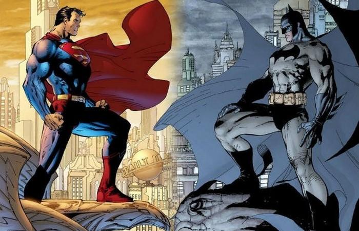 Бэтмена против Супермена.