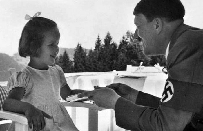 Бернели Нинау со своим любимым дядюшкой.