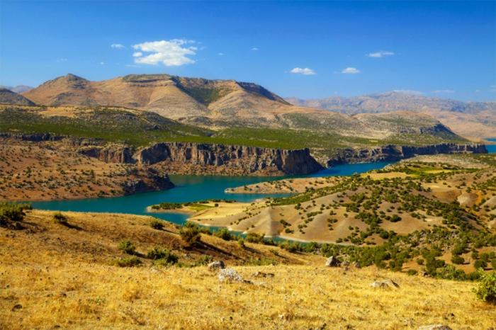 Наводнение в результате разлива рек Тигр и Евфрат.