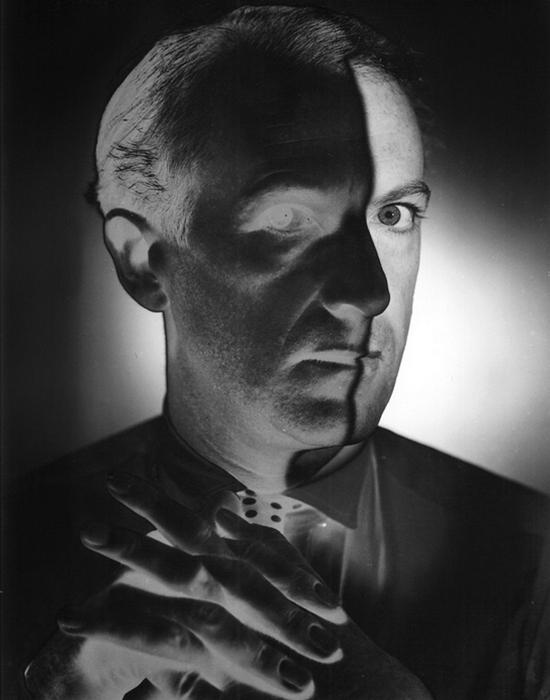 Эрвин Блюменфельд. Автопортрет. 1940 год./Фото: newspad.msk.ru