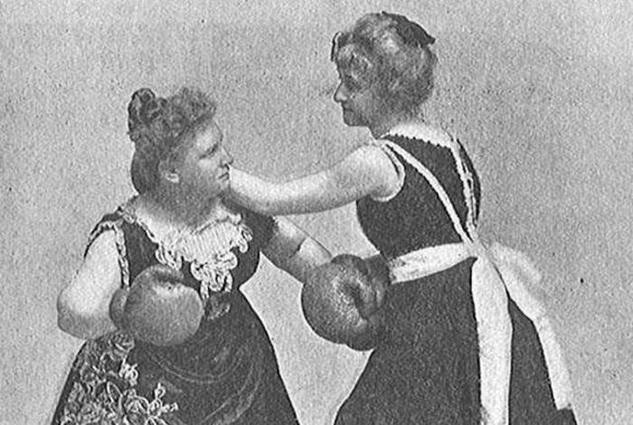 Женщины-боксёры из прошлого.
