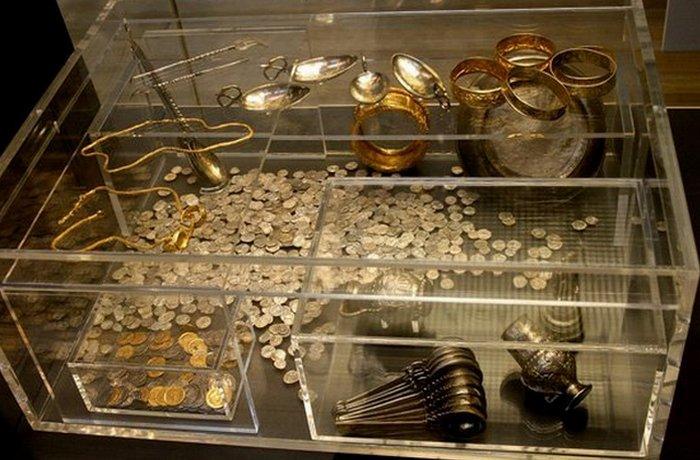 Клад времен поздней Римской империи.
