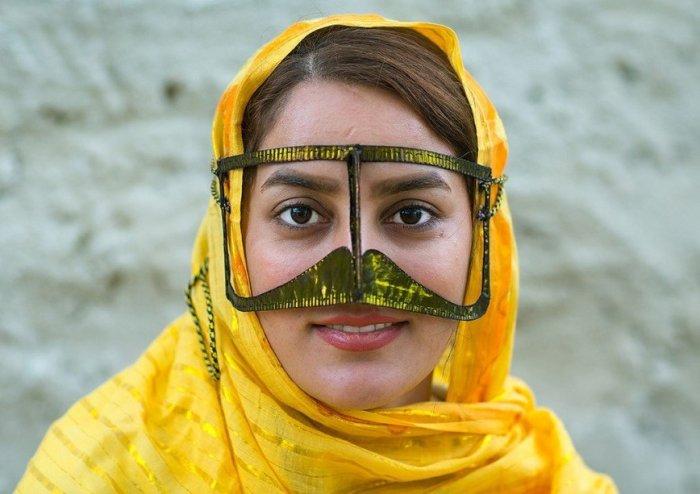 В Иране считают, что бурка - это красиво.