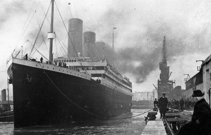 Ди Каприо и Уинслет оплатили лечение последний пассажирке Титаника.