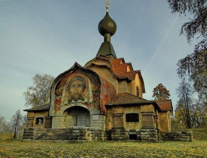 Храм Святого Духа в Талашкино под Смоленском.