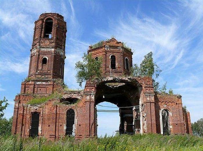 Церковь Рождества Божией Матери в селе Верховляны