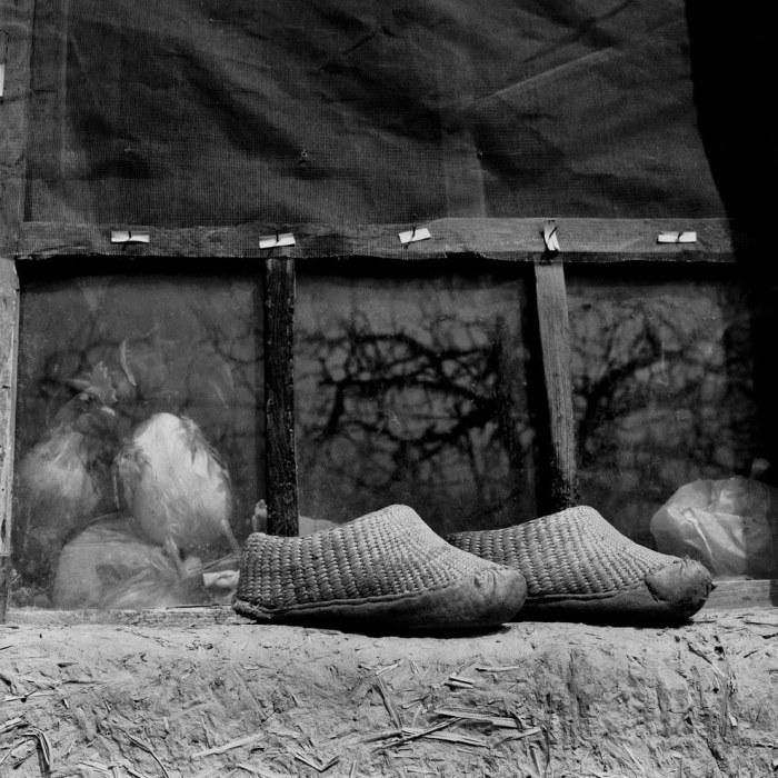 Не каждая Золушка поместитья в такие туфельки.