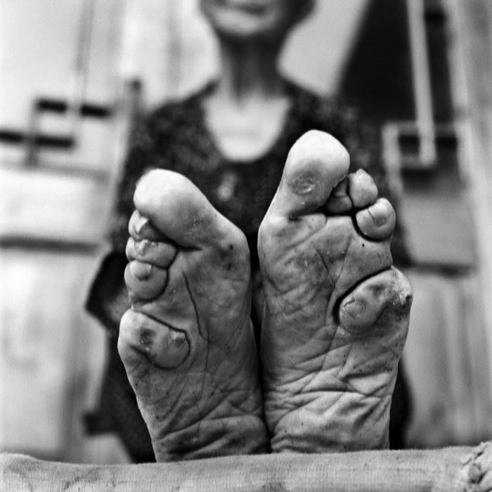 ... с лотосовыми ножками.