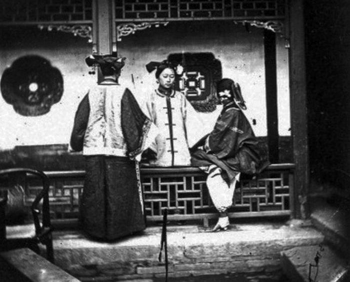 Три китаянки.