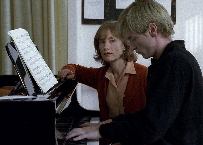 Кадр из фильма «Пианистка»./ Фото: kino24.su