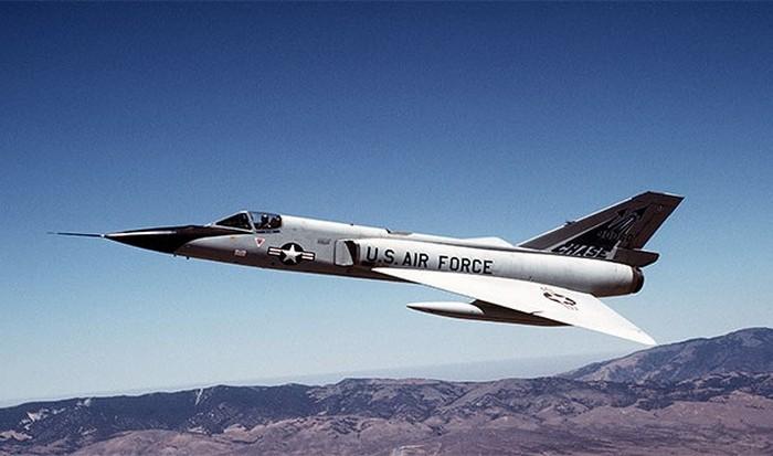 Боевое дежурство ВВС США.   фото: list25.com
