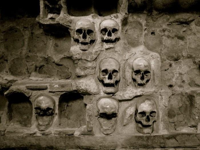 Башня черепов в Сербии - не самое весёлое место в мире.