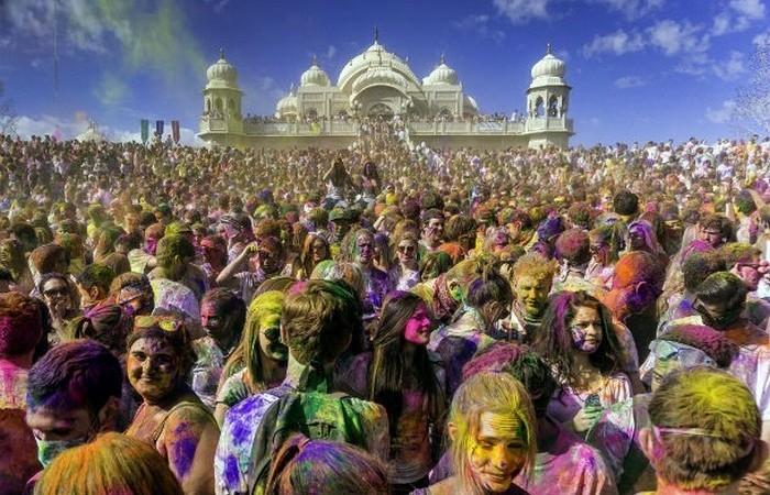 Самые яркие и интересные фестивали со всего мира.