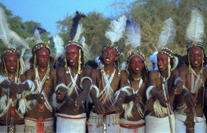 Gerewol — конкурс мужской красоты в Нигере.