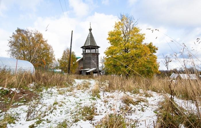 Деревянная церковь в селе Щелейки на границе Ленинградской области и Карелии. Она была построена в 1783 году.