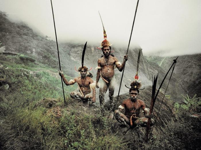 Мужчины из племени дани.