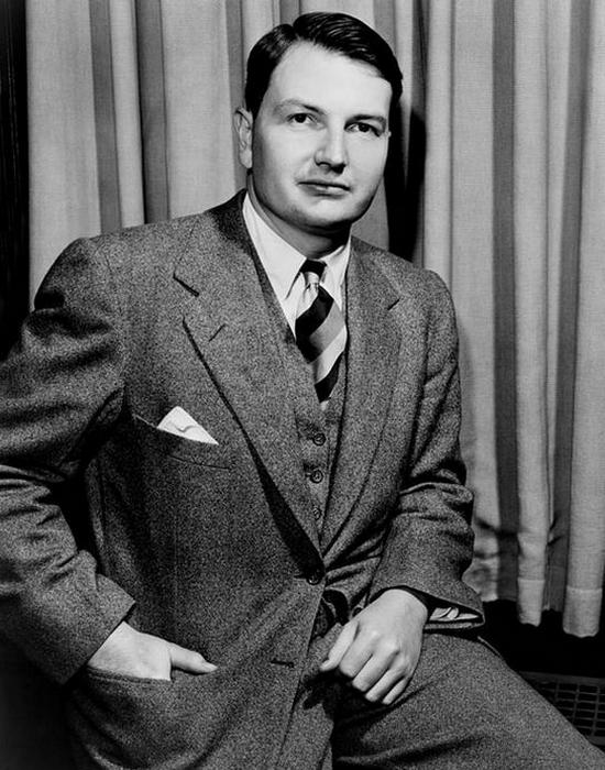Начинающий бизнесмен Дэвид Рокфеллер. / Фото: davidick.com