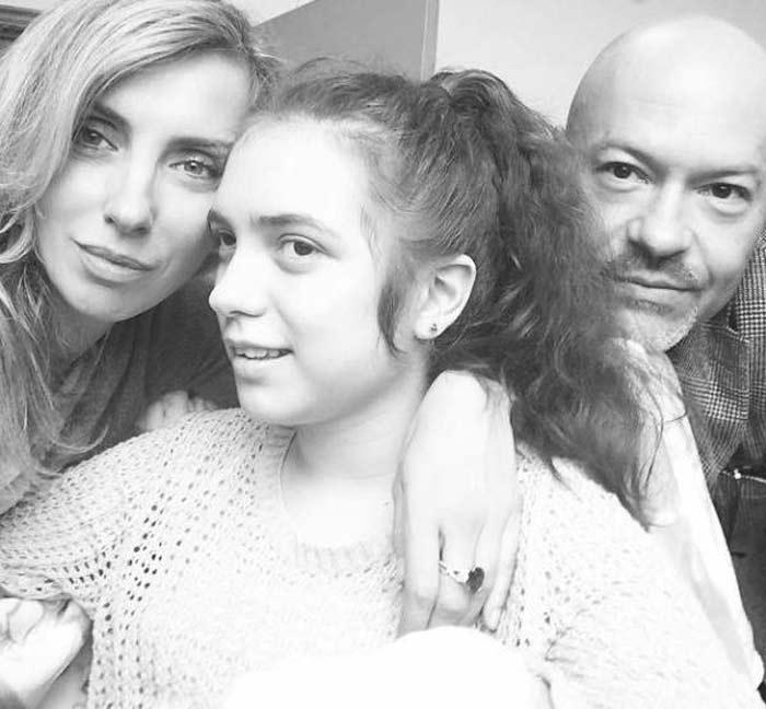 Варя Бондарчук с папой и мамой.