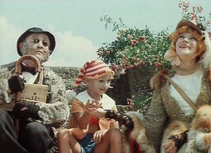 Кадры из фильма. Приключения Буратино.
