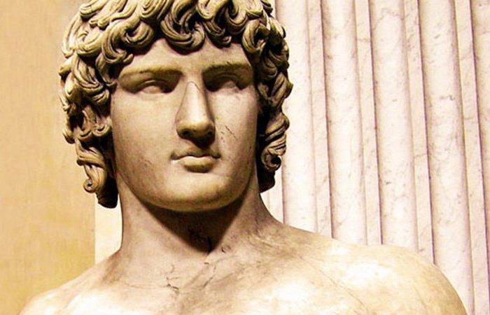 Историческая недомолвка: Цезарь - царица Вифинии./фото: listverse.com