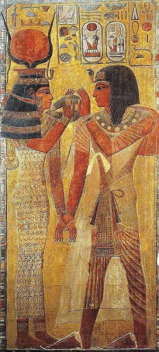 Сети I и Хатхор — владычица любви, небесный прототип «великой супруги царской». Рельеф из гробницы Сети I в Долине царей. 13 в. до н.э. Париж, Лувр.