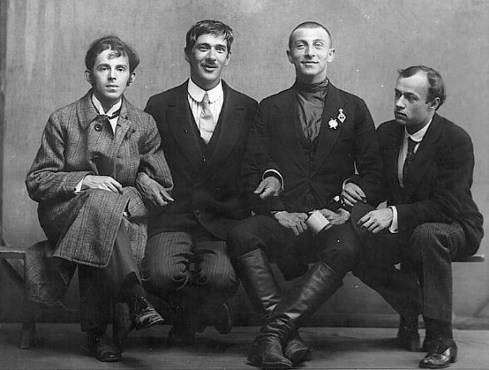 Осип Мандельштам, Корней Чуковский, Бенедикт Лившиц и Юрий Аненков. 1914 год
