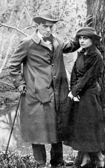 Владимир Маяковский и Лиля Брик.