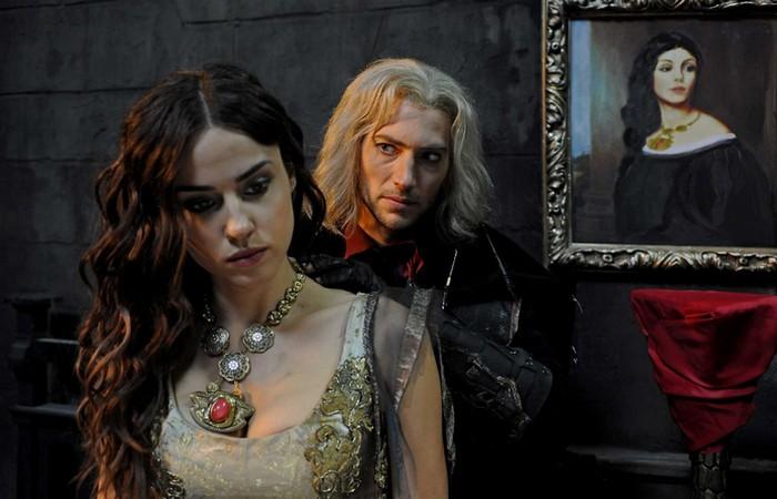 У Влада II было несколько любовниц. | Фото: comicvine.com