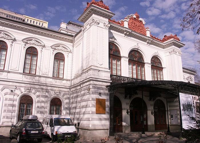 Исторический музей в Бухаресте. | Фото: ducktour.ru