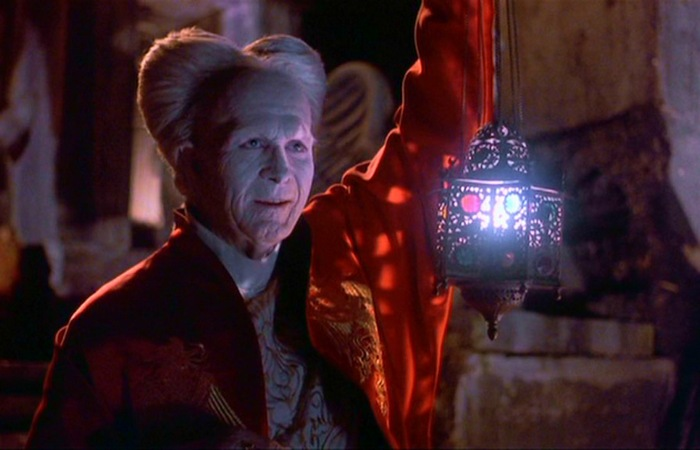 Снято более двухсот фильмов о графе Дракула. | Фото: windowssearch-exp.com