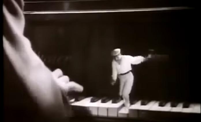 «Эх, яблочко!»: потрясающие советские спецэффекты, созданные в 1946 году