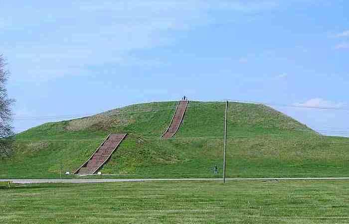 Пирамиды существуют и в Соединенных Штатах.