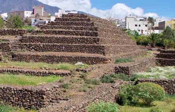 Пирамиды на Тенерифе (Канарские острова).