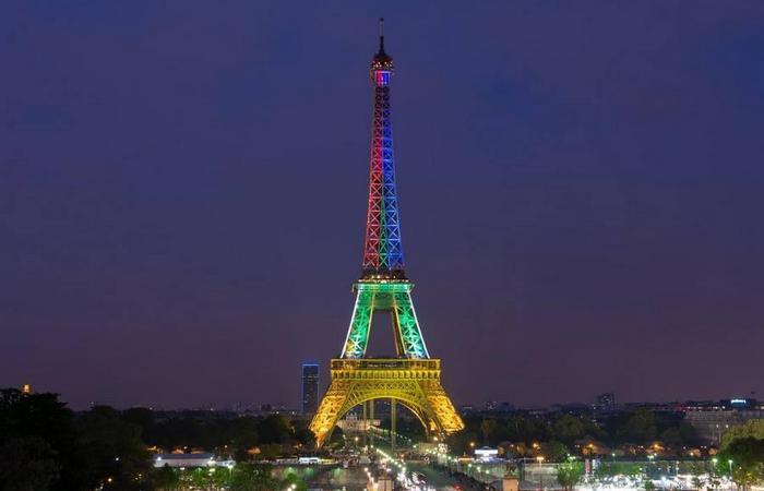 Эйфелева башня летом выше на 15 сантиметров.