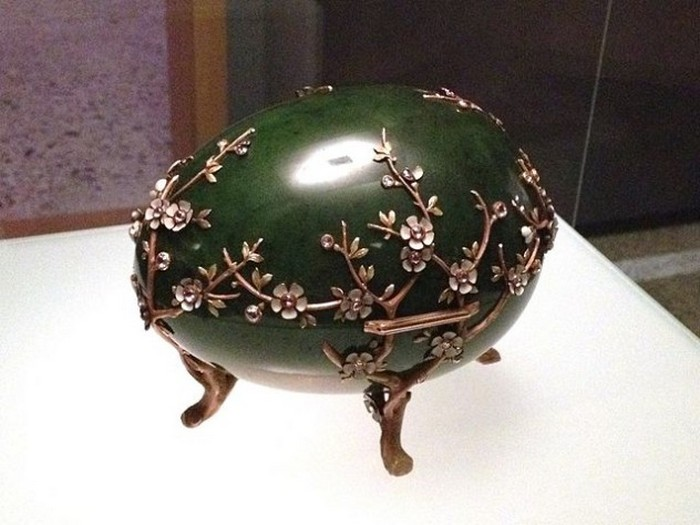 Яйца семьи Кельхов.