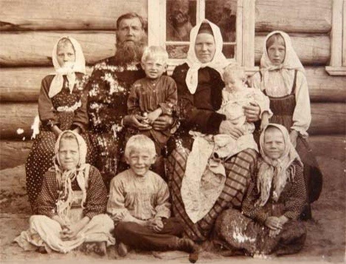 Картинки по запросу Многодетная русская семья до революции