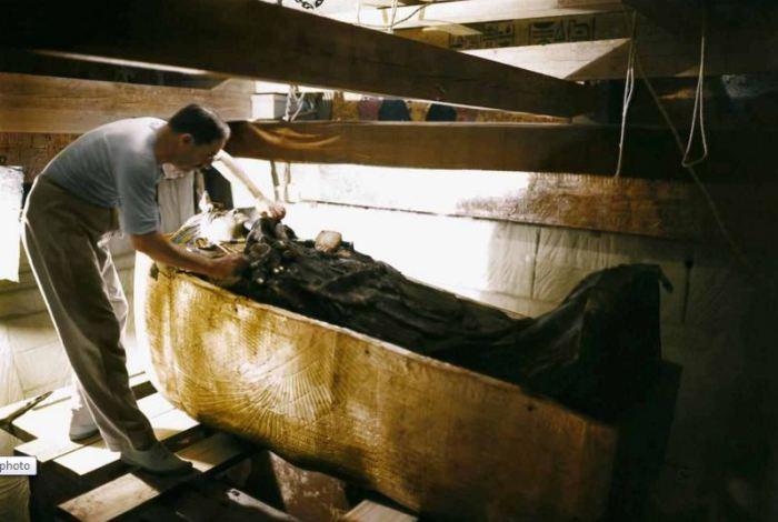 Саркофаг Тутанхомона.