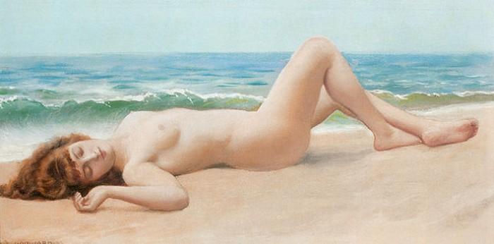 Обнаженная на пляже.