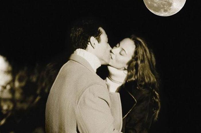 «Fly me to the moon»: джазовая мелодия, которая понравится всем.