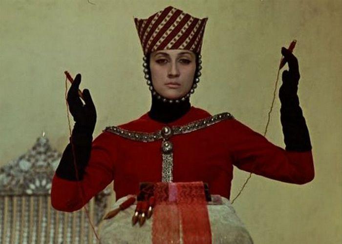 Кадр из фильма «Цвет граната»./фото: mediaspy.ru