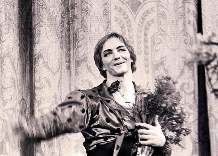 Все цветы для Мариса. / Фото: vokrug.tv