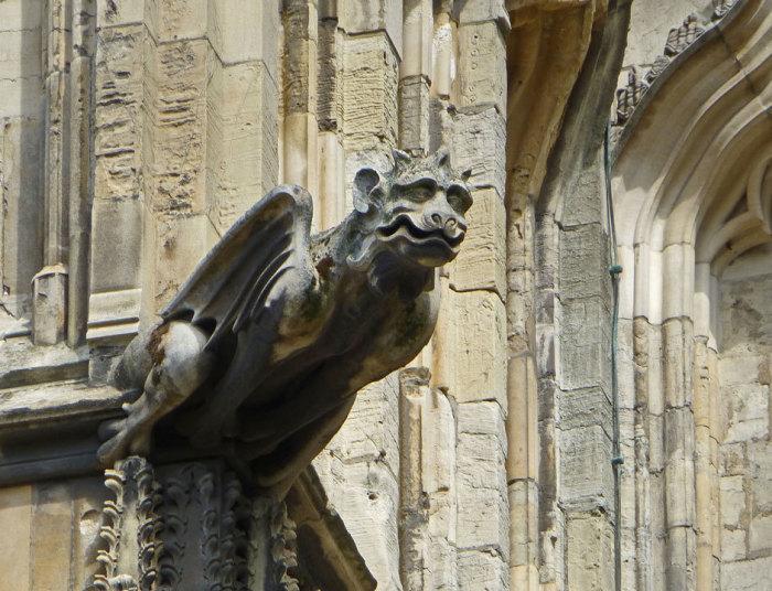 Гаргулья Йоркского собора.